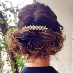 グラデーションカラー 結婚式 コンサバ ヘアアレンジ ヘアスタイルや髪型の写真・画像