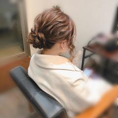 アップ ヘアセット アップスタイル ねじり ヘアスタイルや髪型の写真・画像