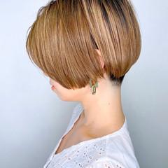 ハンサムショート ベリーショート ナチュラル 簡単スタイリング ヘアスタイルや髪型の写真・画像