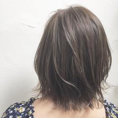 透明感 ボブ ハイトーン アッシュ ヘアスタイルや髪型の写真・画像