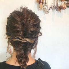 簡単ヘアアレンジ 波ウェーブ ミディアム ヘアアレンジ ヘアスタイルや髪型の写真・画像