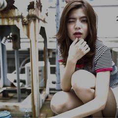 外国人風 フェミニン ストリート セミロング ヘアスタイルや髪型の写真・画像