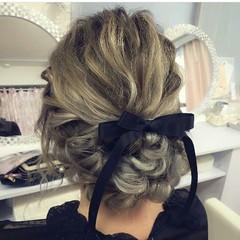 ロング ヘアアレンジ 編み込み 結婚式 ヘアスタイルや髪型の写真・画像