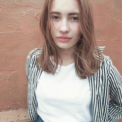 ストリート アッシュ ブリーチ 抜け感 ヘアスタイルや髪型の写真・画像