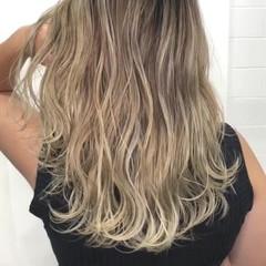 ブリーチ ハイライト セミロング 外国人風カラー ヘアスタイルや髪型の写真・画像