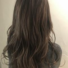 外国人風 ロング グレージュ ハイライト ヘアスタイルや髪型の写真・画像