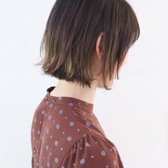 アンニュイほつれヘア ボブ ハイライト インナーカラー ヘアスタイルや髪型の写真・画像