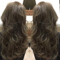 暗髪 ハイライト ロング ナチュラル ヘアスタイルや髪型の写真・画像
