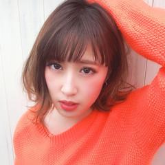 ストリート スライシングハイライト 春スタイル ハイライト ヘアスタイルや髪型の写真・画像