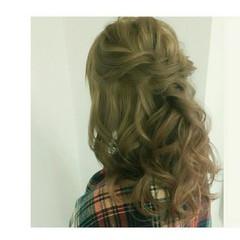 ゆるふわ ハーフアップ ツイスト ミディアム ヘアスタイルや髪型の写真・画像