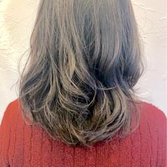 エレガント 上品 パーマ くせ毛風 ヘアスタイルや髪型の写真・画像