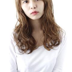 外国人風 パーマ アッシュ ストリート ヘアスタイルや髪型の写真・画像