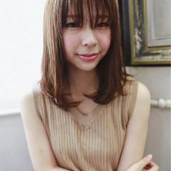 ニュアンス 小顔 ミディアム ナチュラル ヘアスタイルや髪型の写真・画像