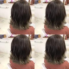 切りっぱなしボブ オフィス 外ハネボブ ボブ ヘアスタイルや髪型の写真・画像