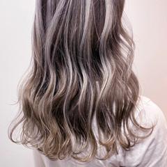 ハイライト 大人ハイライト ホワイトハイライト コントラストハイライト ヘアスタイルや髪型の写真・画像