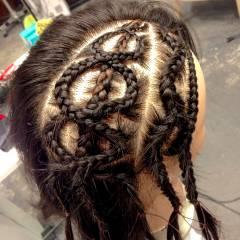 セミロング ヘアアレンジ コーンロウ 黒髪 ヘアスタイルや髪型の写真・画像