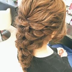 簡単ヘアアレンジ ロング ゆるふわ フェミニン ヘアスタイルや髪型の写真・画像
