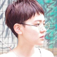 ピュア モード くせ毛風 ハイライト ヘアスタイルや髪型の写真・画像