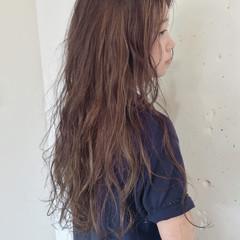 くせ毛風 ピュア ロング 外国人風 ヘアスタイルや髪型の写真・画像