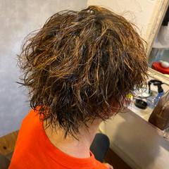 パーマ メンズ メンズパーマ メンズマッシュ ヘアスタイルや髪型の写真・画像
