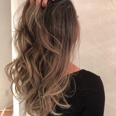 外国人風 ロング バレイヤージュ ハイライト ヘアスタイルや髪型の写真・画像