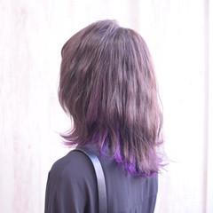 パープルカラー パープル ミディアム インナーカラーパープル ヘアスタイルや髪型の写真・画像