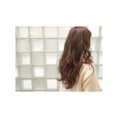 フェミニン 外国人風 ガーリー アッシュグレージュ ヘアスタイルや髪型の写真・画像