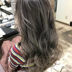 ハイライト 簡単ヘアアレンジ リラックス ナチュラル ヘアスタイルや髪型の写真・画像