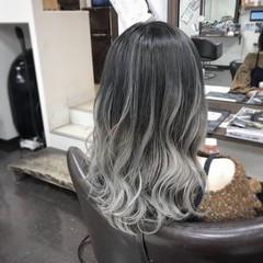 外国人風カラー グラデーションカラー ハイトーン ナチュラル ヘアスタイルや髪型の写真・画像