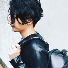 メンズパーマ メンズヘア メンズスタイル ミディアム ヘアスタイルや髪型の写真・画像
