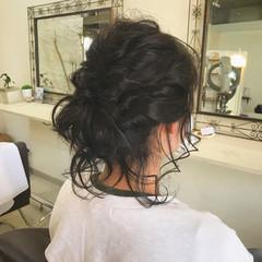 ミディアム オフィス ヘアアレンジ フェミニン ヘアスタイルや髪型の写真・画像