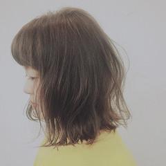 ストレート 暗髪 ナチュラル ウェットヘア ヘアスタイルや髪型の写真・画像