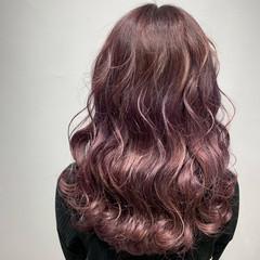 ガーリー 春色 ピンクベージュ 透明感カラー ヘアスタイルや髪型の写真・画像