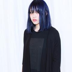 外国人風 ボブ ダブルカラー ネイビー ヘアスタイルや髪型の写真・画像