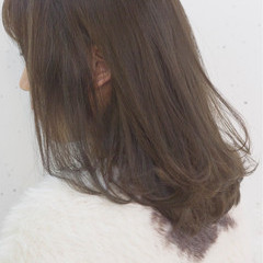 こなれ感 ミディアム 小顔 アッシュベージュ ヘアスタイルや髪型の写真・画像