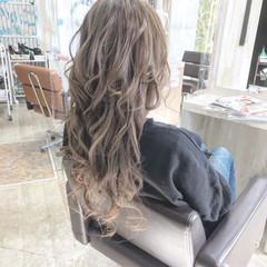 ハイライト エレガント ブリーチ 大人ハイライト ヘアスタイルや髪型の写真・画像