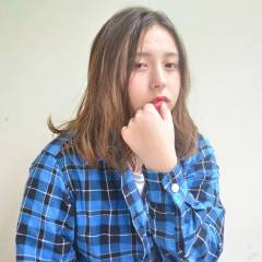 ゆるふわ ガーリー 丸顔 ミディアム ヘアスタイルや髪型の写真・画像