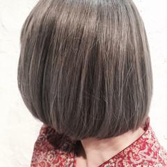 ストリート ボブ グレージュ アッシュ ヘアスタイルや髪型の写真・画像