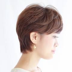 耳かけ ショート サイドアップ コンサバ ヘアスタイルや髪型の写真・画像