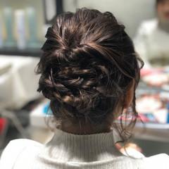 波巻き ミディアム デート ナチュラル ヘアスタイルや髪型の写真・画像