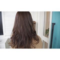 外国人風 ローライト ロング ハイライト ヘアスタイルや髪型の写真・画像