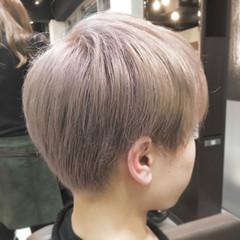 マッシュ モード ショート シルバー ヘアスタイルや髪型の写真・画像