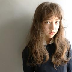 ゆるふわ 外国人風 前髪あり アッシュ ヘアスタイルや髪型の写真・画像