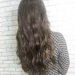 アディクシーカラー アッシュグレー グレージュ トリートメント ヘアスタイルや髪型の写真・画像