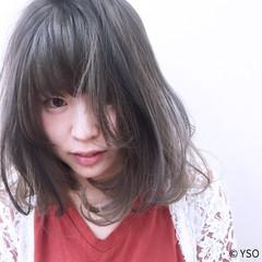 ミディアム ピュア ラベンダーアッシュ グラデーションカラー ヘアスタイルや髪型の写真・画像