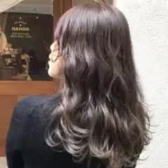 大人かわいい ナチュラル ロング グラデーションカラー ヘアスタイルや髪型の写真・画像
