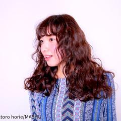 ロング 外国人風 ガーリー ブラウン ヘアスタイルや髪型の写真・画像