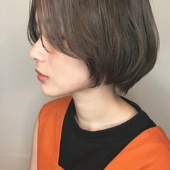 小顔 ボブ センターパート ゆるふわ ヘアスタイルや髪型の写真・画像