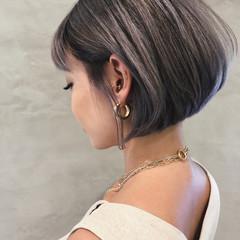 グレー アッシュグレー ショートボブ グレージュ ヘアスタイルや髪型の写真・画像