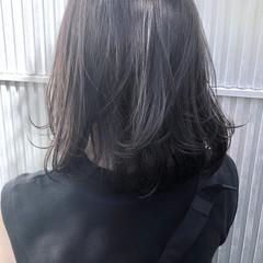 透明感 アッシュ ナチュラル ミディアム ヘアスタイルや髪型の写真・画像